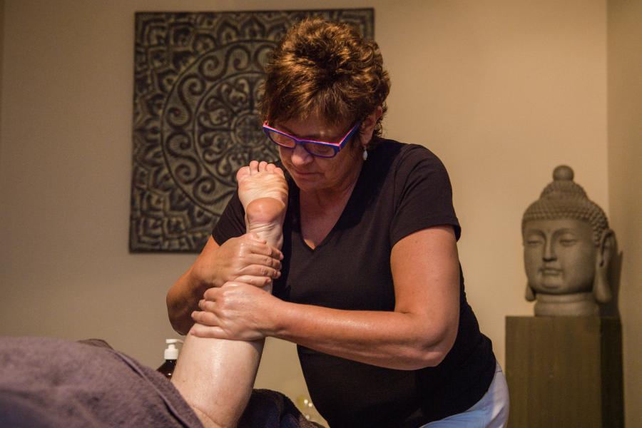 amaranth-behandelingen-Voet- en onderbeenmassage