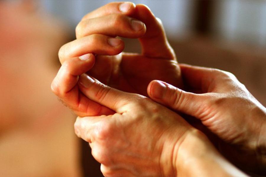 amaranth-behandelingen-hand-voet-hoofdmassage-bij-kanker