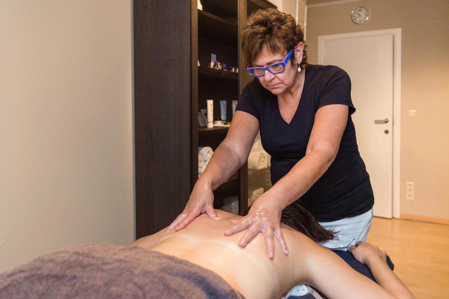 amaranth-behandelingen-massage-rug-nek-schouders